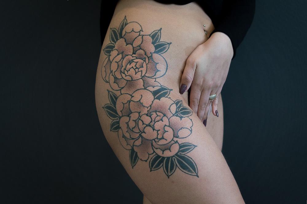 Pioenroos tattoo – de koning der bloemen