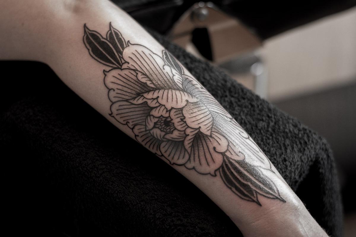 pioenroos tattoo